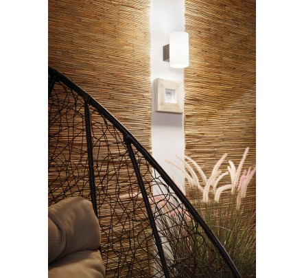 Sieninis lauko šviestuvas